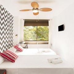 Отель Fira Guest House комната для гостей фото 5