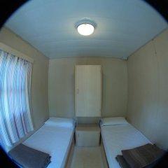 Отель Seven Hills Village Номер с общей ванной комнатой с различными типами кроватей (общая ванная комната) фото 4