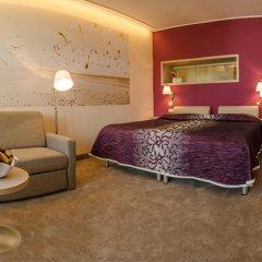 Отель Амелия Улучшенный номер с различными типами кроватей фото 4