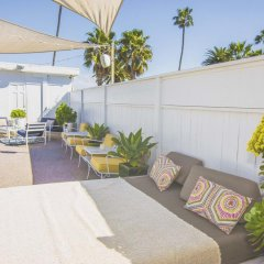 Отель Beverly Terrace США, Беверли Хиллс - 2 отзыва об отеле, цены и фото номеров - забронировать отель Beverly Terrace онлайн бассейн фото 2