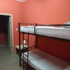 Хостел Кутузова 30 Кровать в общем номере с двухъярусной кроватью фото 7