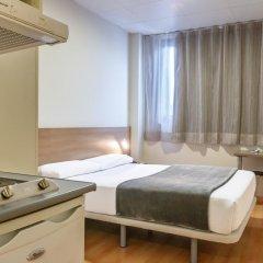 Отель Vertice Roomspace Madrid 3* Стандартный номер с различными типами кроватей