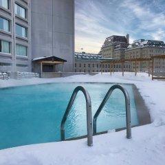 Отель Hilton Québec Канада, Квебек - отзывы, цены и фото номеров - забронировать отель Hilton Québec онлайн бассейн фото 2