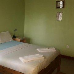 Отель Almond Tree Guest House 3* Стандартный номер с двуспальной кроватью (общая ванная комната) фото 2