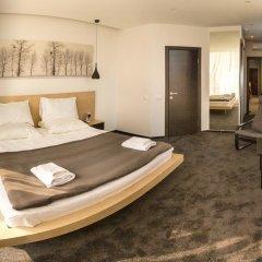 Гостиница Альва Донна Люкс с двуспальной кроватью фото 2