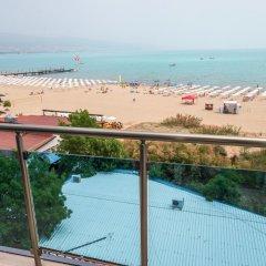 Отель Family Hotel Gallery Болгария, Солнечный берег - отзывы, цены и фото номеров - забронировать отель Family Hotel Gallery онлайн пляж фото 2