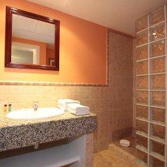 Отель Apartamentos Ripoll Ibiza ванная