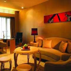 LN Garden Hotel Guangzhou 5* Номер Премьер фото 2