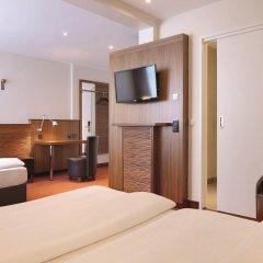 Hotel Hafen Hamburg 4* Стандартный номер двуспальная кровать фото 12