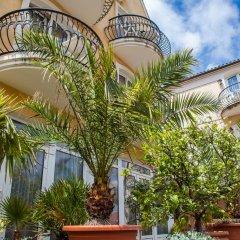 Отель Villa Mediterran Венгрия, Хевиз - 1 отзыв об отеле, цены и фото номеров - забронировать отель Villa Mediterran онлайн вид на фасад фото 4