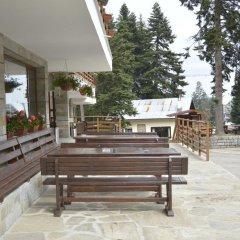 Club Hotel Yanakiev парковка