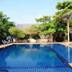 Отель Phi Phi Andaman Resort бассейн фото 2