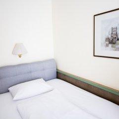 Aurbacher Hotel 3* Стандартный номер с различными типами кроватей фото 7