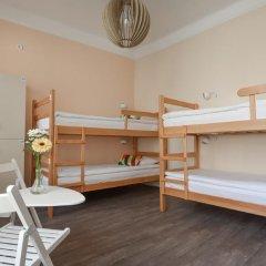Roommates Hostel Кровать в общем номере фото 16