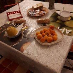 Отель Tra Gli Ulivi Кастровиллари питание фото 2