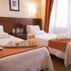 Отель Aliados 3* Номер категории Эконом с 2 отдельными кроватями фото 7