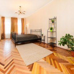 Апартаменты Apartments next to Kazan Cathedral Санкт-Петербург комната для гостей фото 3