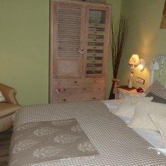 Отель El Pomer Рибес-де-Фресер комната для гостей фото 5