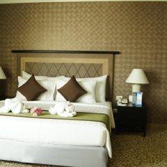 Baiyoke Sky Hotel 4* Улучшенный номер с двуспальной кроватью фото 5