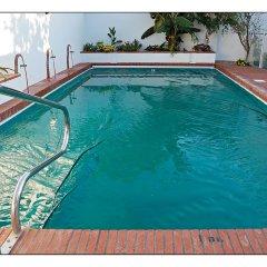 Отель Hostal La Posada Испания, Кониль-де-ла-Фронтера - отзывы, цены и фото номеров - забронировать отель Hostal La Posada онлайн бассейн