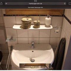 Alm Hostel ванная