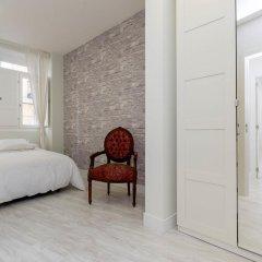 Отель Book in Madrid Cascorro Deluxe Мадрид комната для гостей фото 5