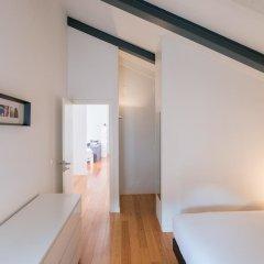 Отель Feels Like Home Bairro Alto Luxus Flat Португалия, Лиссабон - отзывы, цены и фото номеров - забронировать отель Feels Like Home Bairro Alto Luxus Flat онлайн комната для гостей фото 2