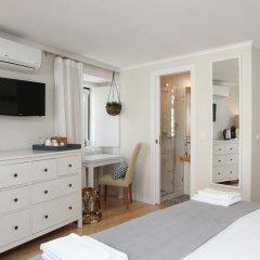 Отель Flores Guest House 4* Стандартный номер с двуспальной кроватью фото 31