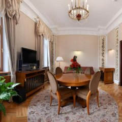 Гостиница Hilton Москва Ленинградская 5* Представительский люкс с различными типами кроватей фото 3