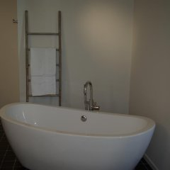 Отель B&B Huyze Weyne 2* Улучшенный люкс с различными типами кроватей фото 10