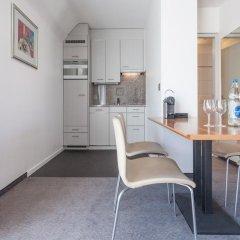 Апартаменты EMA House Serviced Apartments, Seefeld в номере