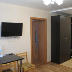 Гостиница Октябрьская Стандартный семейный номер с двуспальной кроватью фото 2