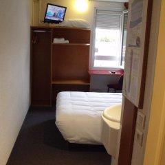 Отель Quick Palace Auxerre Стандартный номер с различными типами кроватей фото 7