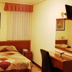 Отель Hostal San Glorio 2* Стандартный номер с двуспальной кроватью фото 4