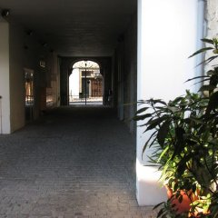 Отель Historic Center with Private Parking парковка