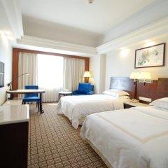 Overseas Chinese Friendship Hotel 3* Номер Делюкс с 2 отдельными кроватями