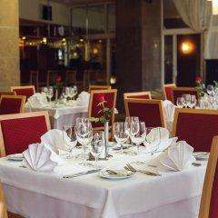 Отель Perkuno Namai Hotel Литва, Каунас - 2 отзыва об отеле, цены и фото номеров - забронировать отель Perkuno Namai Hotel онлайн питание фото 3