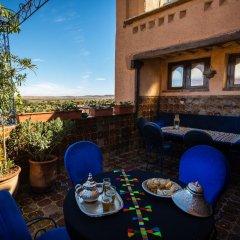 Отель Kasbah Dar Daif Марокко, Уарзазат - отзывы, цены и фото номеров - забронировать отель Kasbah Dar Daif онлайн гостиничный бар