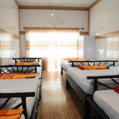 Отель Hoang Nga Guest House 2* Кровать в общем номере с двухъярусной кроватью фото 7