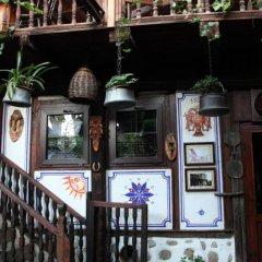 Отель Dedo Pene Inn гостиничный бар