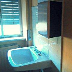 Hostel Prima Base Стандартный номер с различными типами кроватей (общая ванная комната) фото 8