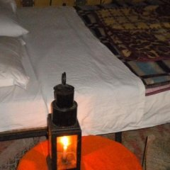 Отель Merzouga Riad and Bivouac Excursion Марокко, Мерзуга - отзывы, цены и фото номеров - забронировать отель Merzouga Riad and Bivouac Excursion онлайн комната для гостей фото 5