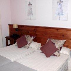 Отель Albares комната для гостей фото 5