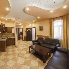 Alpina Hotel комната для гостей