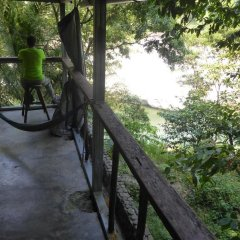 Отель La Moskitia Ecoaventuras Гондурас, Луизиана Ceiba - отзывы, цены и фото номеров - забронировать отель La Moskitia Ecoaventuras онлайн балкон