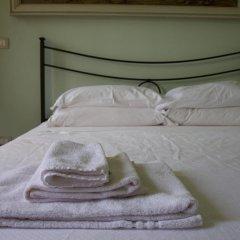 Отель Locanda Il Cortile Виньяле-Монферрато комната для гостей фото 3