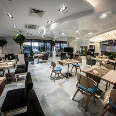 Отель Premier Fort Cuisine - Full Board гостиничный бар