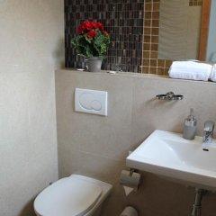 Отель Amadeus Pension 3* Стандартный номер с различными типами кроватей фото 5