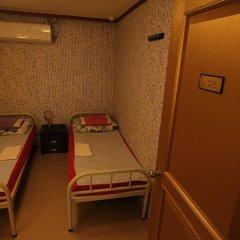 Отель Bong House Стандартный номер с 2 отдельными кроватями (общая ванная комната) фото 5