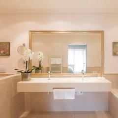 Отель Pienzenau Am Schlosspark Италия, Меран - отзывы, цены и фото номеров - забронировать отель Pienzenau Am Schlosspark онлайн ванная